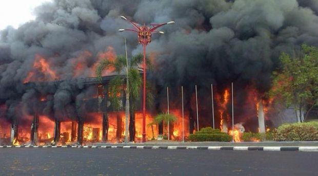 Kantor Gubernur Kalteng Dilanda Kebakaran Hebat