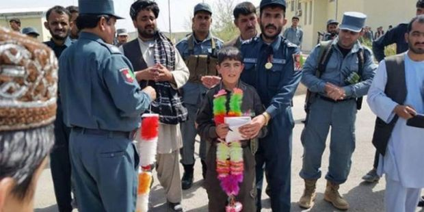 Kisah Bocah 10 Tahun Pimpin Pasukan Melawan Taliban dan Berakhir Tragis