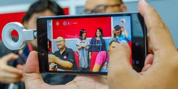 Kesan Pertama Menggenggam Lenovo Vibe Shot