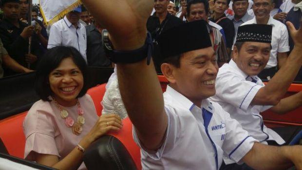 Tiga Hari Jelang Pencoblosan, JR Saragih-Amran Sinaga Dicoret dari Peserta Pilkada Simalungun