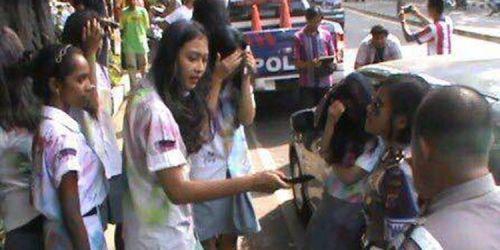 Sehari Setelah Mengaku Anak Jenderal Polisi Arman Depari, Siswi SMA yang Ancam Polwan Kehilangan Ayah Kandungnya