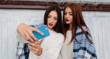 hathati-sering-selfie-bisa-sebabkan-cedera-siku-rasanya-nyeri-sekali