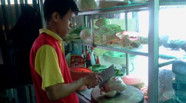 Admin Fan Page Info Seputar Presiden Hanya Lulusan SMP, Sehari-hari Bekerja Memotong Daging