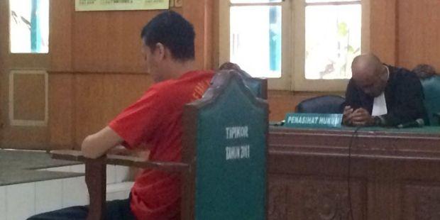 Kasus Pencemaran Nama Baik di <i>Facebook</i>, Ketua KNPI Sumut Divonis 14 Bulan Penjara
