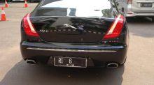 wow-ngantor-ketua-dpr-gunakan-jaguar-berpelat-ri-6