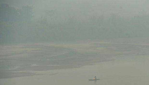 Kebakaran Hutan Ganggu Arus Logistik dari dan ke Sumatera