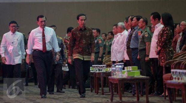 Jokowi: yang Kalah di Pilkada Serentak Jangan Ngamuk