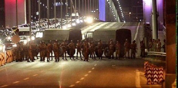 Militer Lakukan Kudeta, Jet Tempur dan Tank Kepung Ibukota Turki