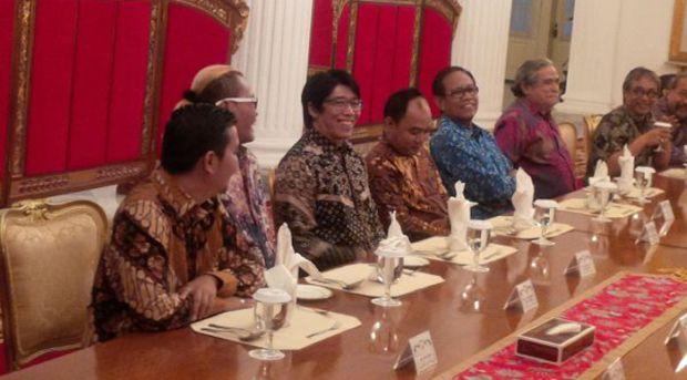 Jokowi Kumpulkan Pelawak di Istana... Ada Sule, Cak Lontong, Parto, Tarzan, Nunung dan Lainnya, Mau Ngapain Sih?