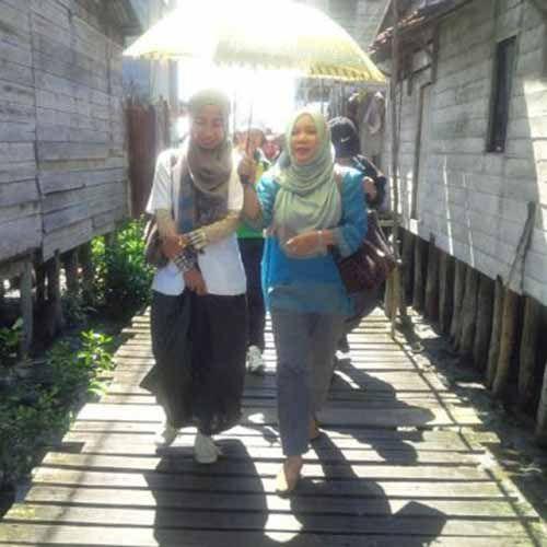 Mengenal Lebih Dekat Hj Alvi Furwanti Alwie dan Obsesinya untuk Inhil ke Depan