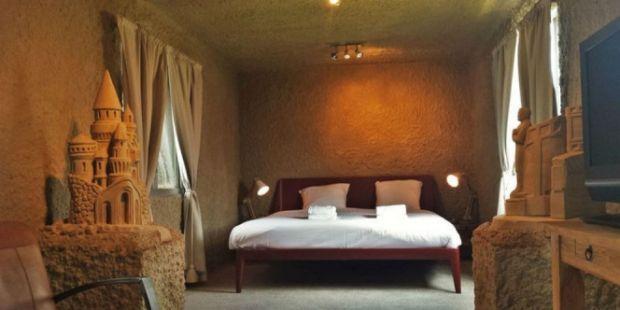 Sensasi Menginap di Hotel Pasir Pertama dan Cuma Satu di Dunia, Dibatasi hingga Akhir September Ini, karena Bulan Depan Dibongkar