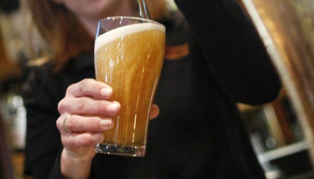 Sableng! Bermaksud Bikin Kapok, Orang Tua Cekoki Anaknya dengan Alkohol hingga Tewas