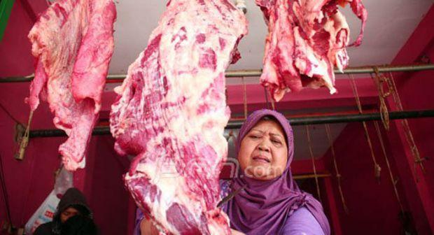 Bupati Ini Terang-terangan Tolak Turunan Harga Daging Sesuai Keinginan Jokowi