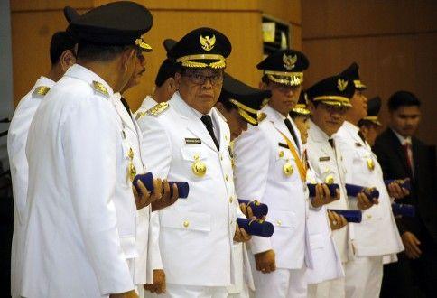 Tiga Kali Diundur, Akhirnya JR Saragih Dilantik sebagai Bupati Simalungun tanpa Wakil
