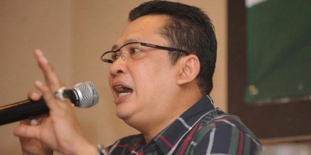 "Mantan Wartawan yang Jadi ""Vokalis"" Senayan"
