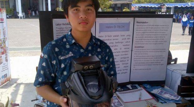 Keren, Siswa SMA Ini Ciptakan Helm Pelawan Rasa Ngantuk