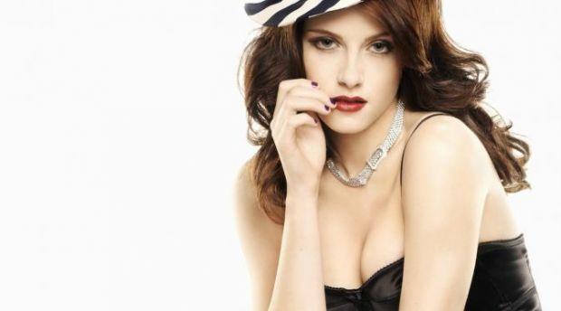 Berikut Alasan Mengapa Wanita Cantik Tak Bisa Setia