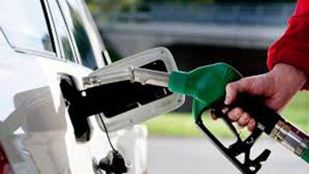 Tak Cukup Turun Rp500 per Liter, Pemerintah Diminta Turunkan Harga BBM Jadi Rp5.000