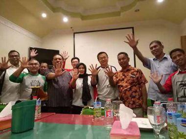 komunitas-sahabat-kelapa-indonesia-datang-ke-inhil-sambung-rasa-dengan-sekda-dan-pengusaha
