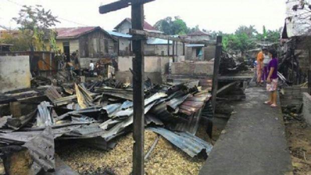 Satu Rumah dan Musala Tarikat di Inhu Ludes Terbakar