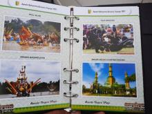kacau-bisabisanya-ada-foto-pemkab-dharmasraya-di-buku-kerja-yang-diterbitkan-pemkab-kuansing