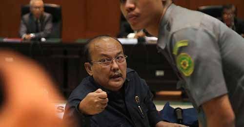 Waduh! Pangeran Napitupulu, Hakim PT Pekanbaru yang Terbukti Terima Suap Diberhentikan dengan Hormat