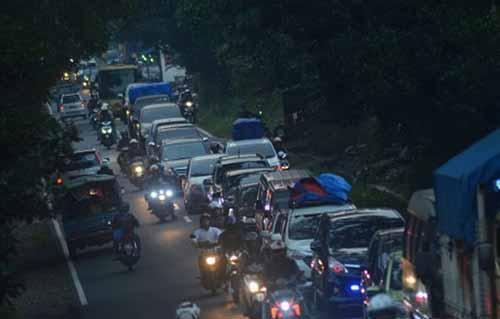 Pemudik dari Sumatera Tujuan Pulau Jawa Padati Jalintim Riau hingga Lampung