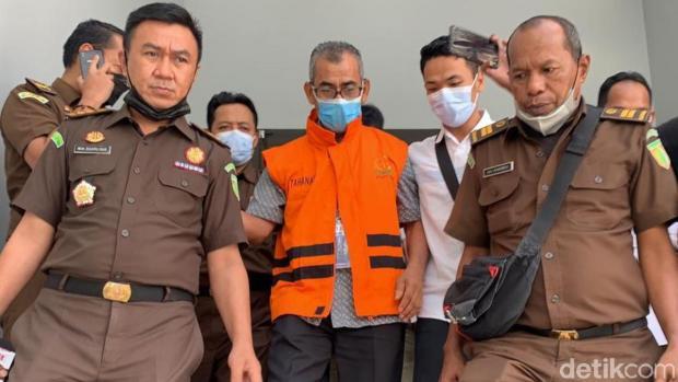 "Jaksa Ungkap Eks Bupati Kuantan Singingi Mursini ""Setor"" Rp650 Juta ke Orang Mengaku Pegawai KPK"