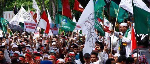 Mantan Gubernur Riau Ini Bakal Ikut Orasi Aksi Damai Bela Islam III