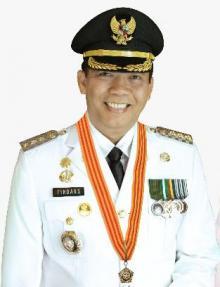 orang-nomor-satu-di-pekanbaru-dinobatkan-sebagai-wali-kota-terpopuler-di-indonesia