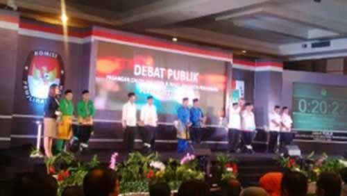 Debat Calon Wali Kota Pekanbaru di Televisi Tak Menarik Minat Sebagian Warga