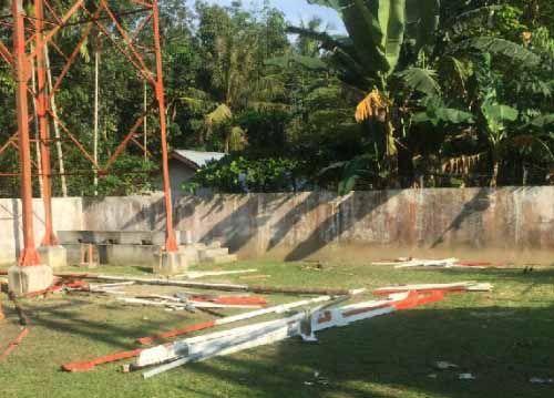 Pegawai PT XL Axiata Gadungan Kepergok Sedang Bongkar Tower di Desa Mudasetia Pelalawan