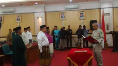 Meski Baru Sebulan Menjabat Sudah Dicopot dari Jabatan Kadis, Menantu Mantan Gubernur Riau Annas Maamun Bilang Dirinya Bahagia dan Merasa Tak Ada yang Janggal
