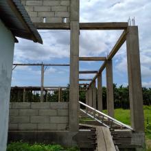 sudah-dua-tahun-pembangunan-gedung-balai-desa-selatnama-indragiri-hilir-tak-kunjung-selesai