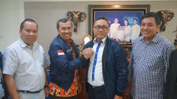 Di Acara Deklarasi Paslon Bupati Siak, Ketua PAN Riau Sindir Gubernur Syamsuar yang saat Pilgub Didukung Partainya tapi Sekarang…