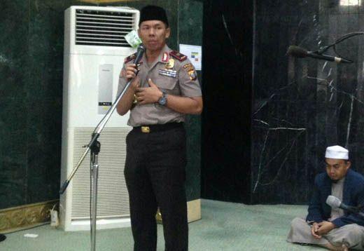 """Pesan Kapolda Riau Brigjen Zulkarnain Terkait Demo """"Tangkap Ahok"""": Islam adalah <i>Rahmatan Lil Alamin</i>, Jangan Lakukan Kekerasan dan Merusak"""