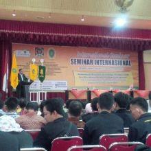 bahas-kompetisi-era-mea-intelektual-jambi-dan-kepri-hadir-di-seminar-internasional-unisi-tembilahan