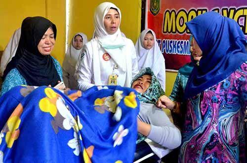 Zulaikhah Wardan Doakan Ibu-ibu di Inhil Selalu Sehat agar Lahirkan Generasi Hebat