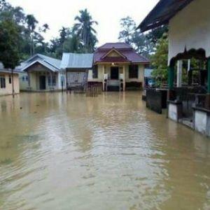 Akses Jalan Rawan akibat Banjir, Puluhan Sekolah di Kuantan Singingi Diliburkan