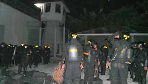 Kerusuhan Susulan Pecah! Kepulan Asap Mengepul dari Dalam Rutan Sialangbungkuk, Napi Berusaha Jebol Pintu Besi