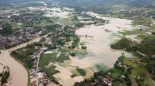 sungai-harau-meluap-sejumlah-kawasan-di-kabupaten-limapuluhkota-sumbar-terendam-banjir