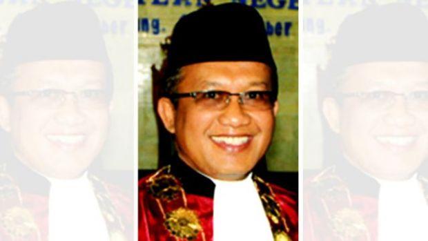 "Hakim yang Pernah Bebaskan PNS Pemilik Rekening Gendut Rp1,3 Triliun dan ""Cuci"" Uangnya di Riau Dilantik sebagai Sekretaris MA"