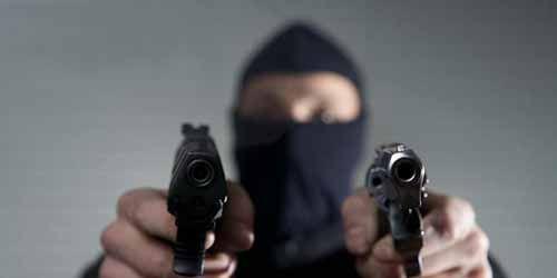 Perampok yang Menyikat Uang Rp220 Juta Milik Nasabah Bank di Pekanbaru Diduga Bersenjata Api, Aksinya Terjadi di Depan Rumah Korban