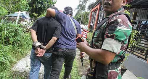 "Lakukan Pengejaran ""Buta"" tanpa Kantongi Foto dan Identitas, Bagaimana Cara TNI dan Polisi Memburu 448 Tahanan yang Melarikan Diri dari Rutan Sialangbungkuk?"