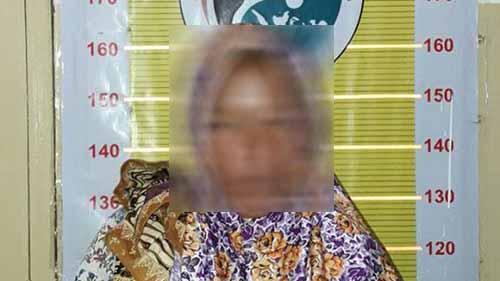 Astaga Nekatnya! Dari Aceh, Perempuan Warga Sorek Pelalawan Ini Bawa Ganja 24 Bal di Dalam Koper, lalu...