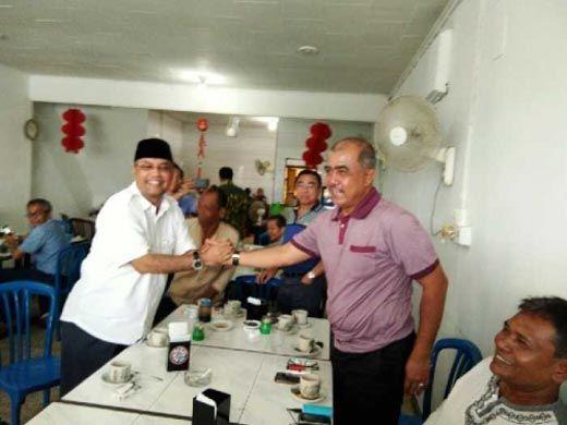 Begini Ekspresi 2 Calon Wali Kota Pekanbaru saat Bertemu di Warung Kopi