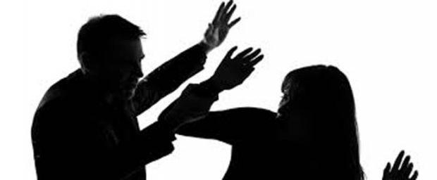 Duh... Usai Melahirkan Bukannya Dimanja, Wanita Ini Malah Dipukuli karena Pergoki Suami Teleponan dengan Wanita Lain