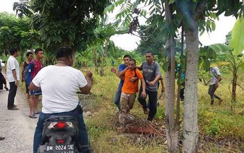 Lihat <i>Nih</i>, Foto-foto Kaburnya Tahanan Rutan Sialangbungkuk Pekanbaru yang <i>Viral</i>