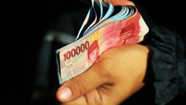 Mengapa Anggota DPRD Kuantan Singingi Ramai-Ramai Mengembalikan Tunjangan Ratusan Juta?