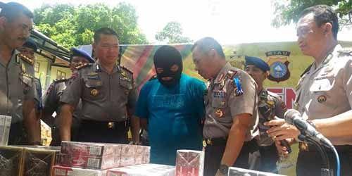 """Penyelundup Rokok yang Ditangkap di Kepulauan Meranti Ternyata Jago IT dan Keahliannya Pernah """"Dipakai"""" Ditreskrimsus Polda Riau"""
